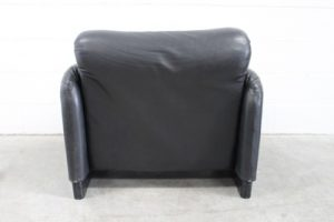 "Sublime Handsome Cassina ""675 Maralunga"" Armchair in Jet Black Leather"