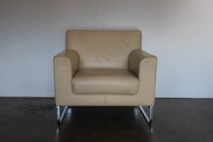 "Immaculate Sublime Walter Knoll ""Morgan 465"" Armchair in Cream Leather - 8 Available"