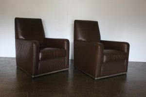 "Sublime Pair of B&B Italia ""Apta Imprimatur"" Armchairs in Dark Brown ""Gamma"" Leather"