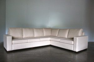 "Impeccable Bespoke 5-Seat ""Square-Arm"" L-Shape Sofa in Andrew Martin ""Berkswell"" Fabric in Cream"