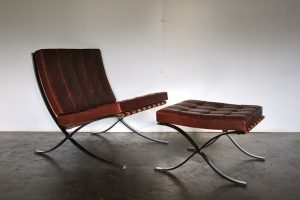 "Exceptional Knoll Studio ""Barcelona"" Lounge Chair & Ottoman"" Suite in Brown ""Saddle"" Leather"