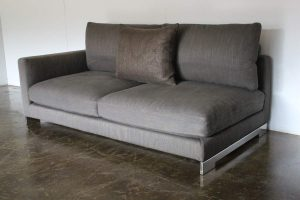 "Rare Superb Molteni & C ""Reversi"" 2.5-Seat Sofa Chaise in Dark-Grey Woven Fabric"