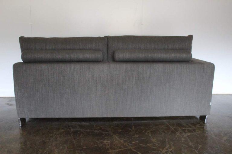 """Rare Superb Molteni & C """"Reversi"""" 2.5-Seat Sofa Chaise in Dark-Grey Woven Fabric"""