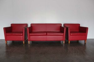"Sublime Rare Knoll Studio ""Krefeld"" 2-Seat Sofa & 2 Armchairs Suite in Red ""Spinneybeck"" Leather"