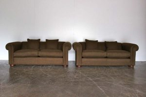 "Elegant Pair of Pristine Duresta ""Maximus"" Compact Chesterfield Sofas in Moon ""Aberdeen"" Woollen Fabric"
