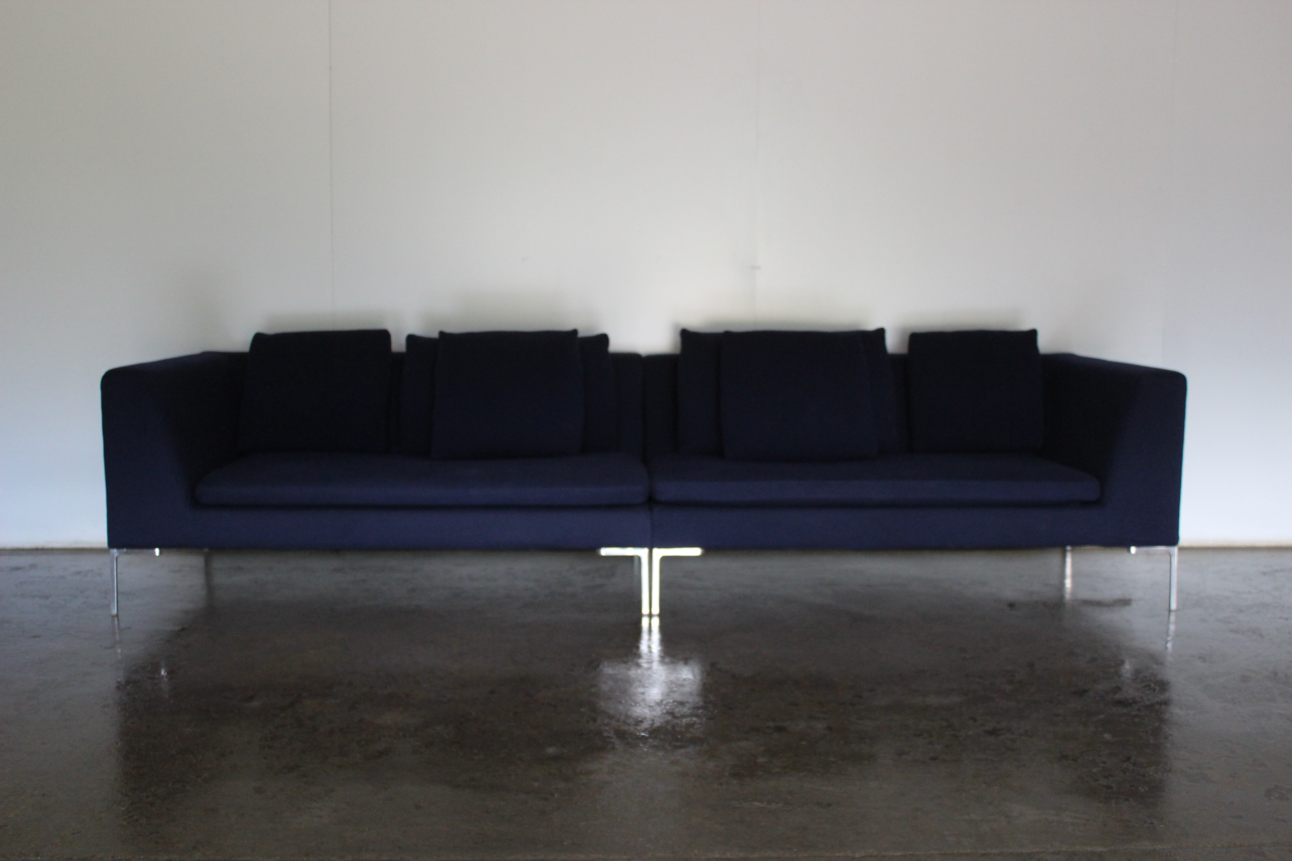 Strange Superb Bb Italia Charles Sectional 4 Seat Sofa In Navy Ibusinesslaw Wood Chair Design Ideas Ibusinesslaworg