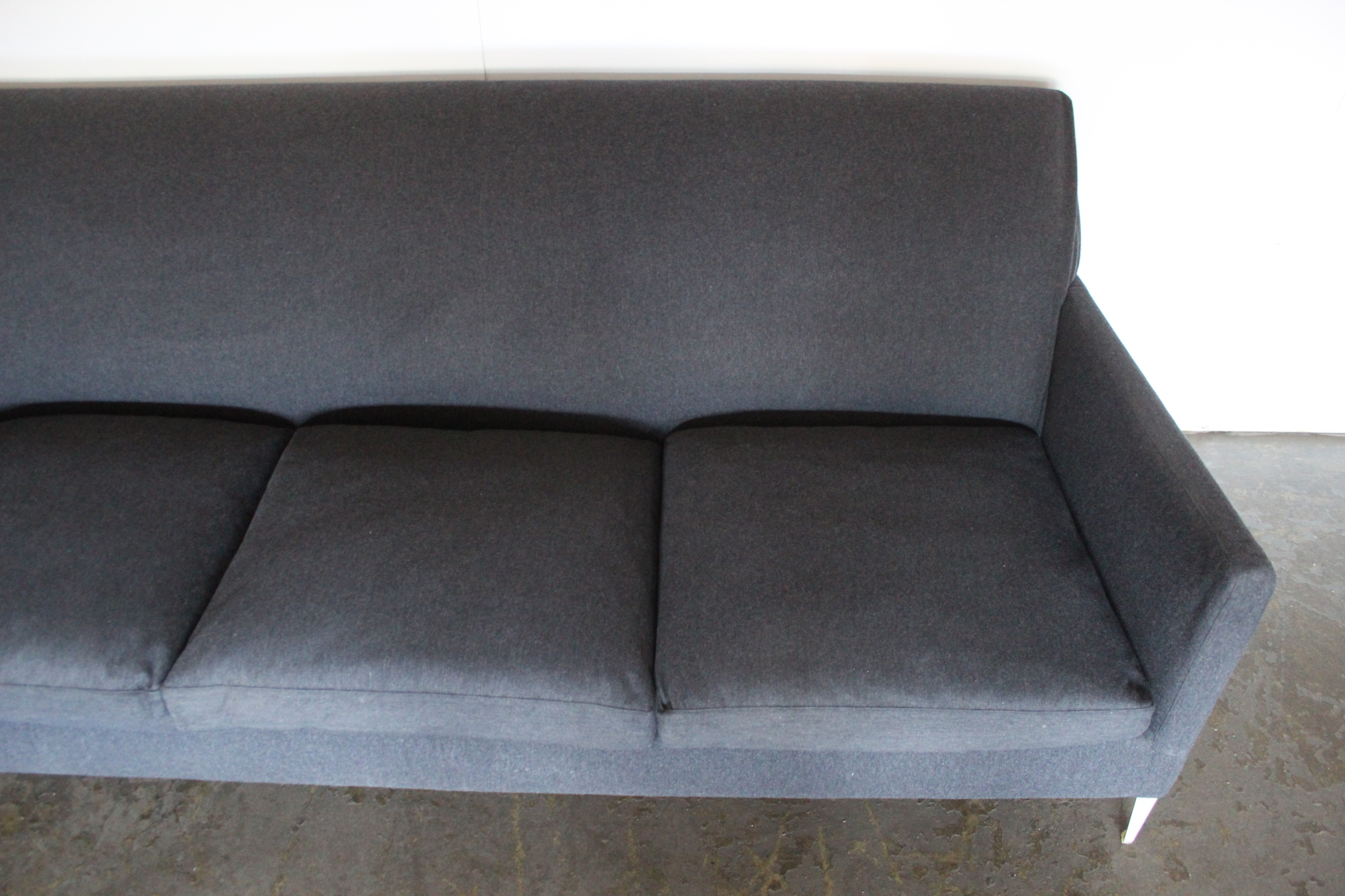 Superb Bb Italia Dandy 3 Seat Sofa In Dark Grey Serra Cashmere